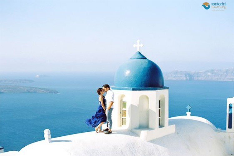 romantic-tours-santorini
