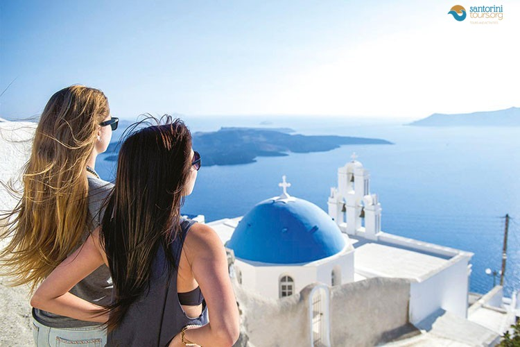Santorini-tours-offer-something