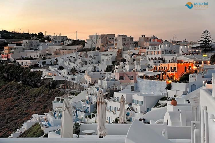 firostefani-villages-of-santorini