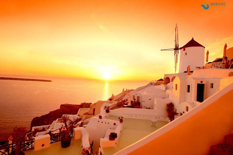 IMEROVIGLI-SANTORINI-GUIDED-PRIVATE-TOURS