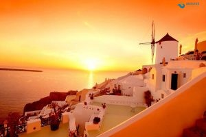 santorini-the-island-of-thousand-emotions-1