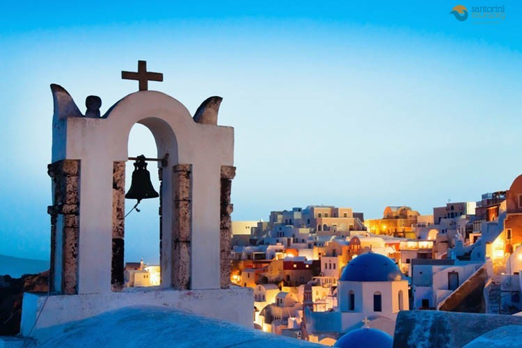ORTHODOX EASTER IN SANTORINI