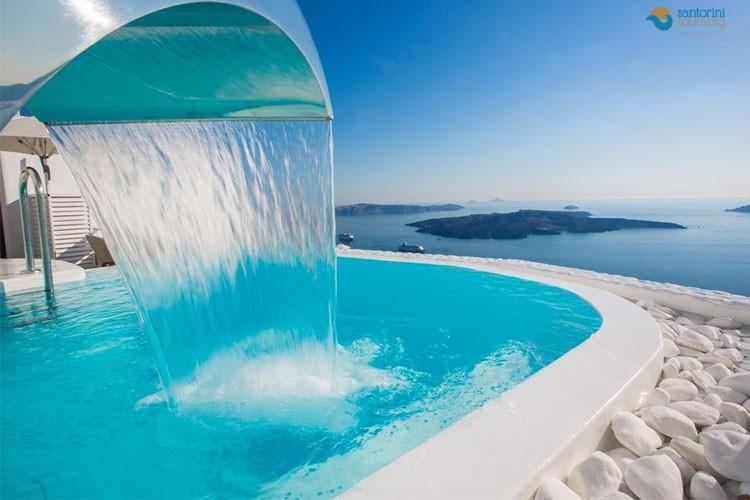 SANTORINI-ISLAND-GREECE