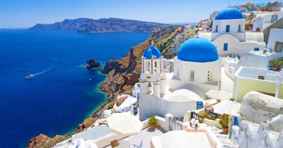 santorini-most-idyllic-destination-summer-2021