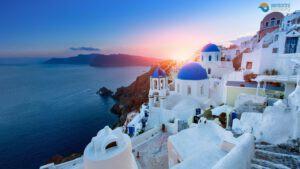 santorini-visit-most-beautiful-island-greece